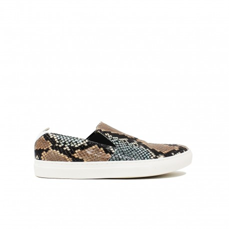 YU Slip-On Diamond