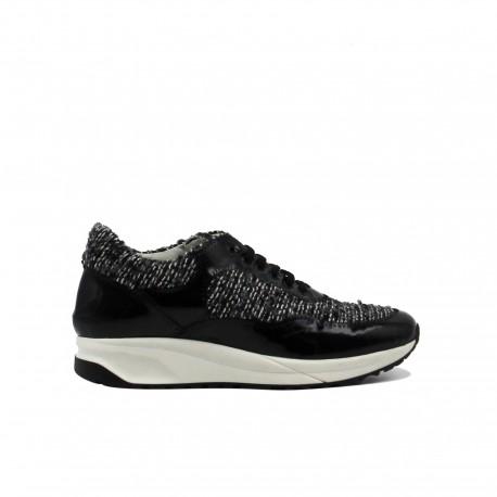 SARAH SUMMER Sneakers Bouclé Black